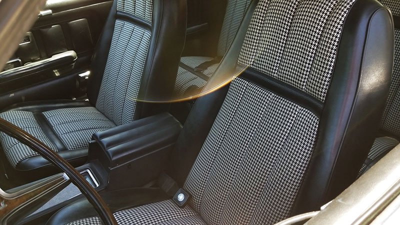 houndstooth-seats-02