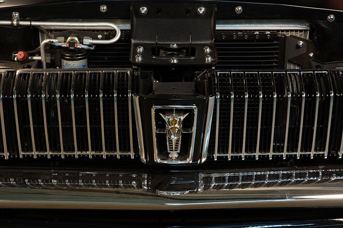 Stacey David's 1967 Mercury Cougar V8 Interceptor Headlights