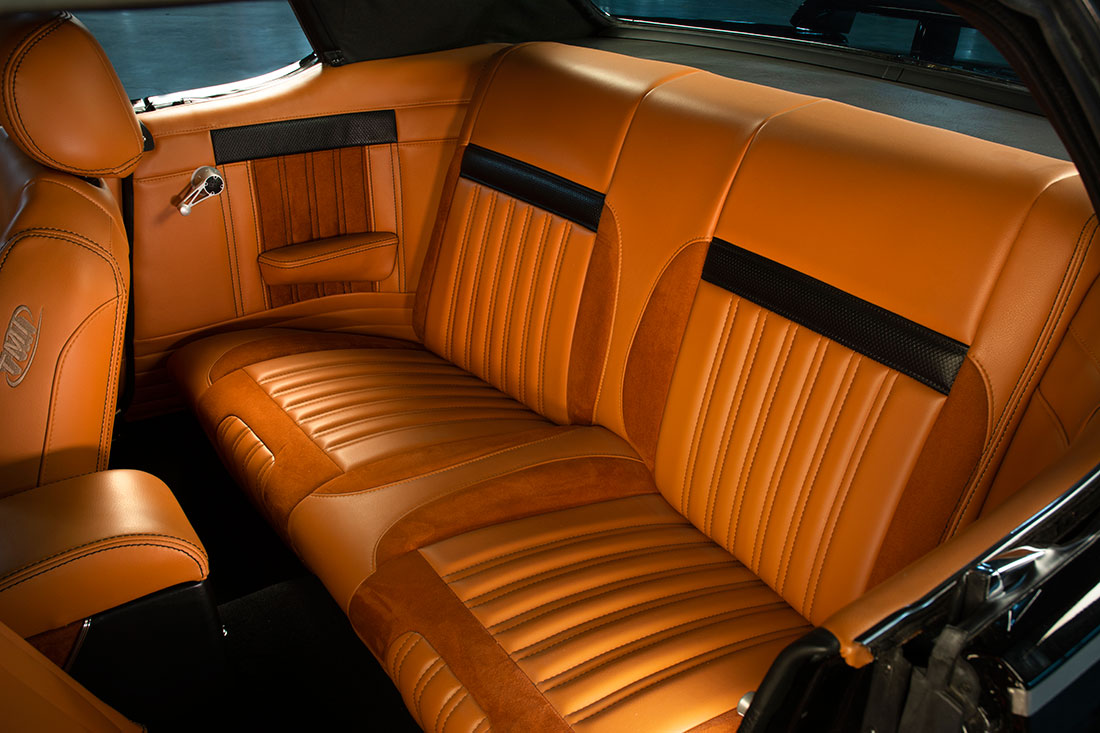 Stacey David's 1967 Mercury Cougar V8 Interceptor Back Seat