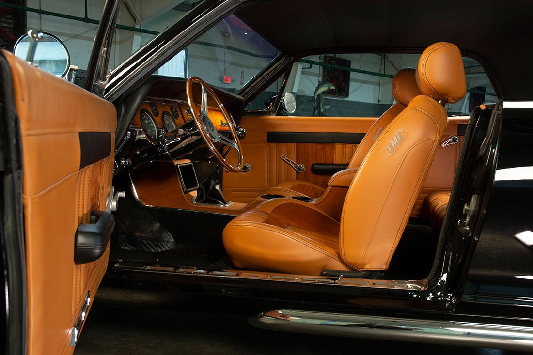Stacey David's 1967 Mercury Cougar V8 Interceptor Interior