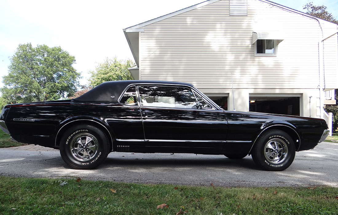 #5592 John Persia 1967 Mercury Cougar XR-7